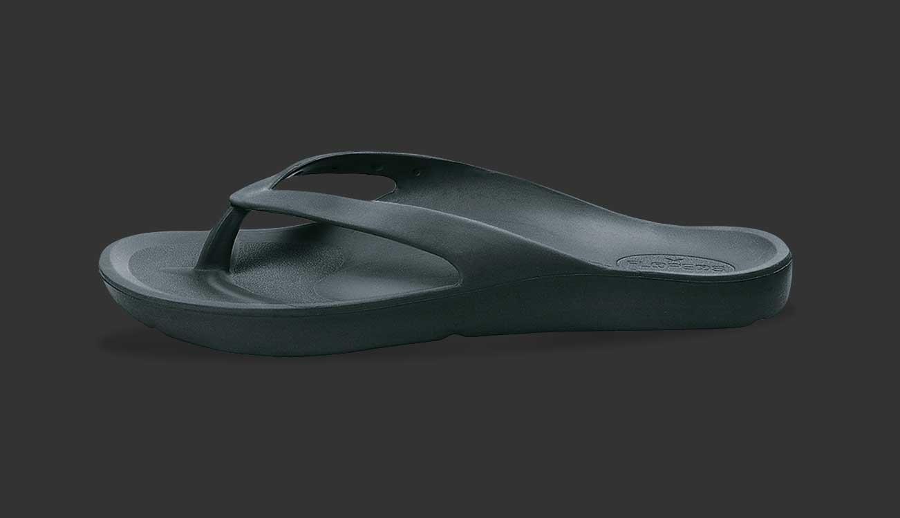 14b4adf893e8e7 FLOPEDS Laguna Midnight black flip flop